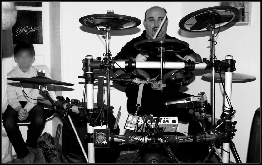 Photo Stéphane, qui remplaçait Philippe à la batterie